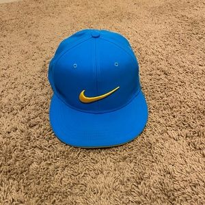 Nike blue golf hat